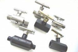 Клапан игольчатый 15H54бк Ц K(NPT)1/2H-K(NPT)1/2H